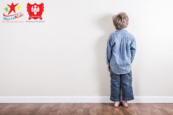 dạy con tuổi lên 3 bị khủng hoảng tâm lý