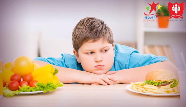 Chế độ ăn giảm cân cho trẻ béo phì là yếu tố rất quan trọng để chữa bệnh cho bé
